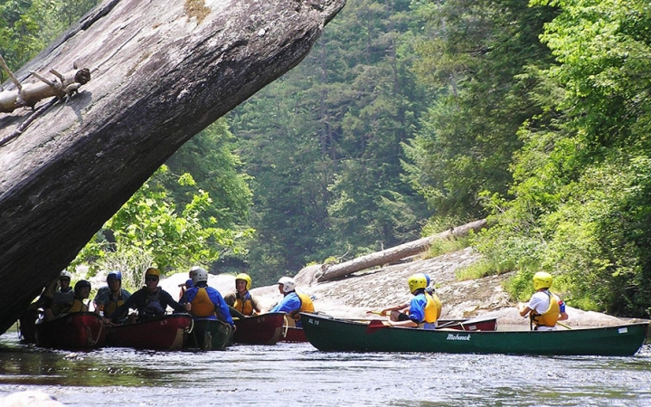 canoeing trip for teens in north carolina