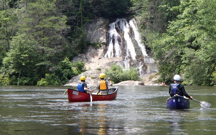 outdoor adventure trip for young adults