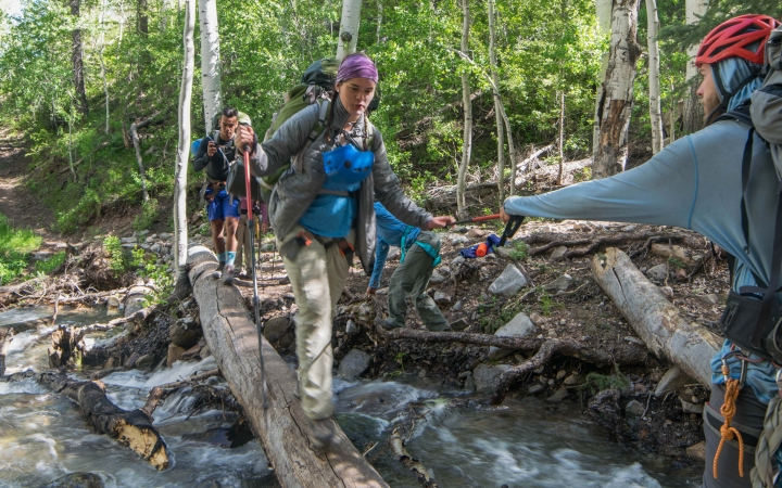 outdoor leadership school for teens
