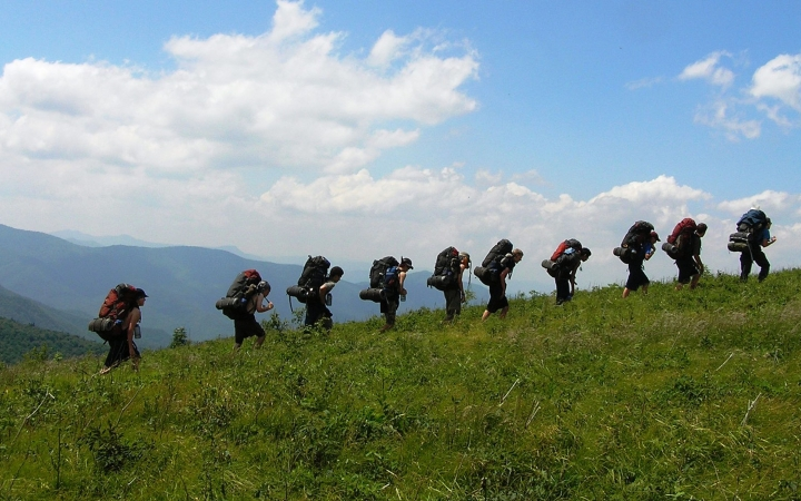 backpacking camp for teens in north carolina