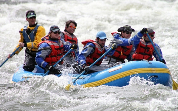 gap year rafting instruction