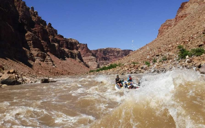 southwest rafting course for teens