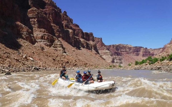summer outdoor program for teens in the southwest