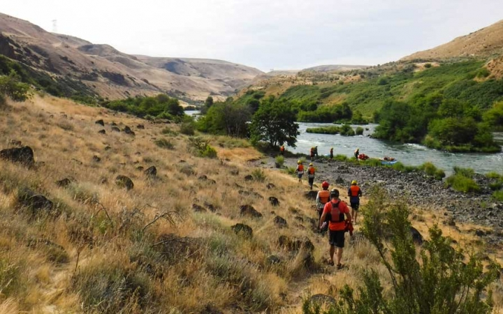 oregon rafting trips for young adults