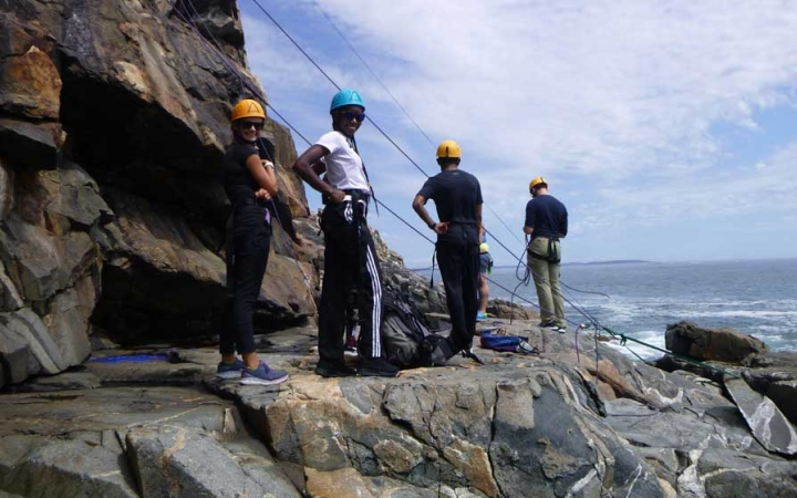 adult rock climbing class in maine