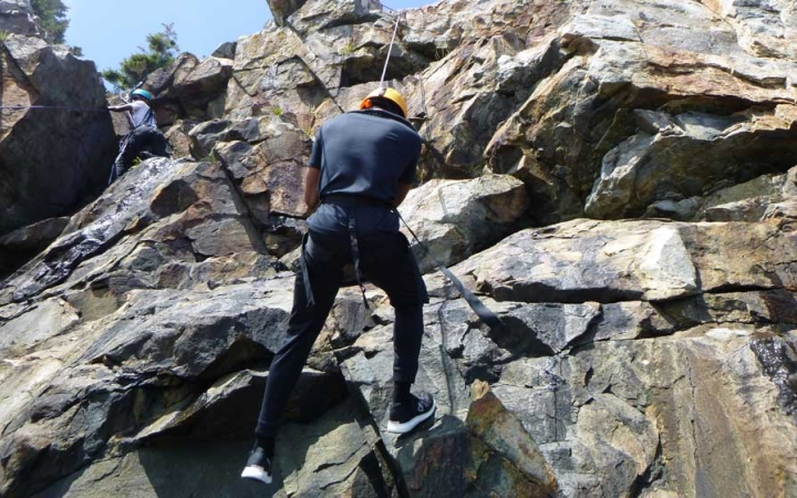 rock climbing lessons for adults in maine