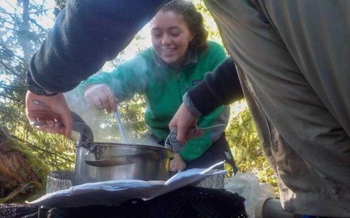 learn backcountry cooking skills in maine