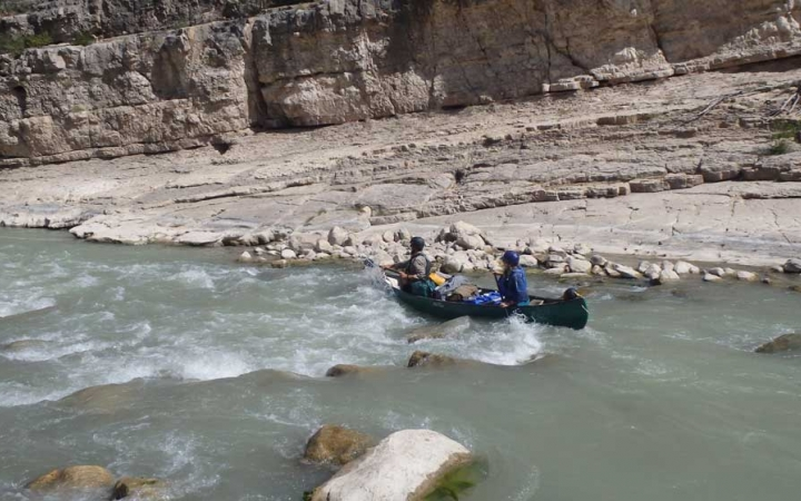 navigate whitewater while learning leadership skills