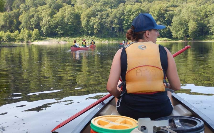 canoeing trip for adults in philadelphia
