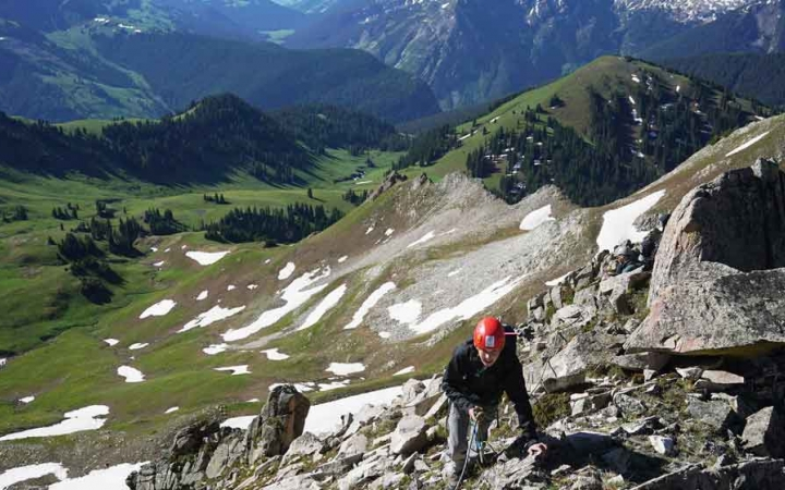 gap year mountaineering program for young adults