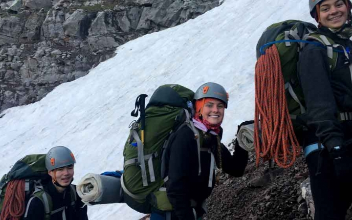 mountaineering program for gap year students
